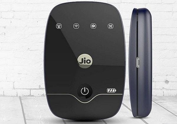 JioFi 4G Hotspot Portable Wi-Fi